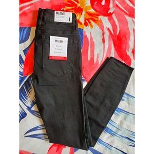 💚3/$45 Size 1- Distressed Miami High Rise-Black